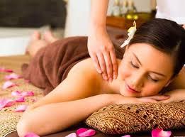 Female to Male Full Body to Body Massage Parlour in South Ex Delhi